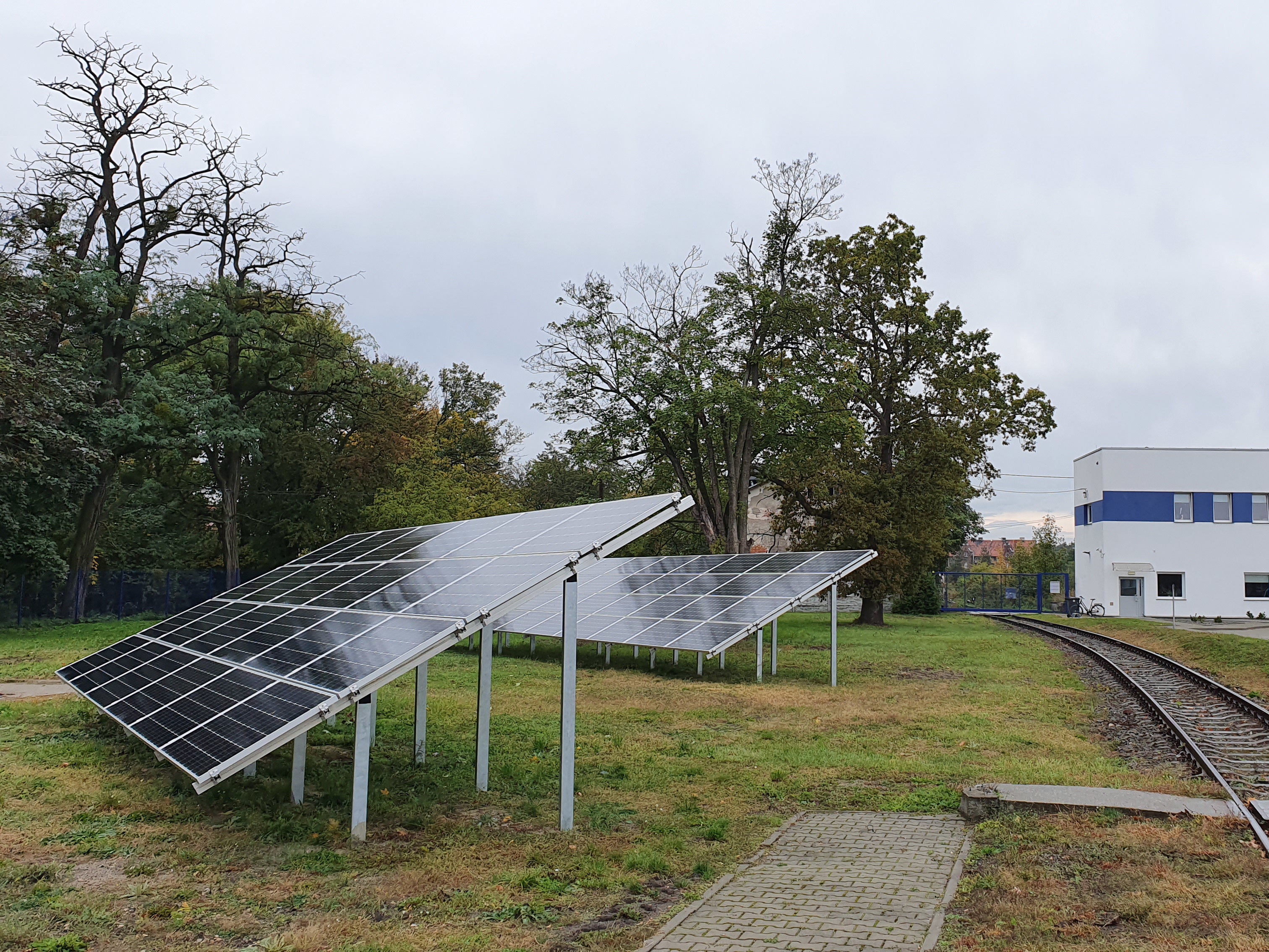 A 20 kWp ground installation oriented towards the south, mounted in Zawadzkie.