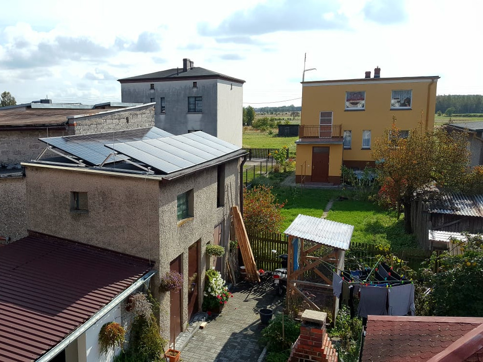 Installation with a maximum power of 4.4 kWp mounted on a flat roof in Zawadzkie.